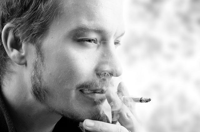 smoke-316496_640