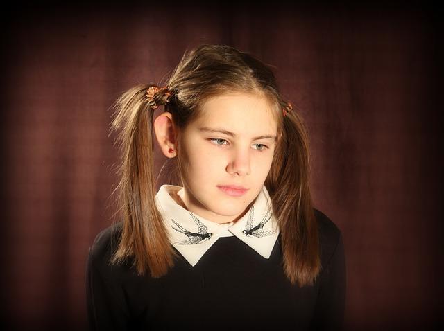 girl-1034454_640