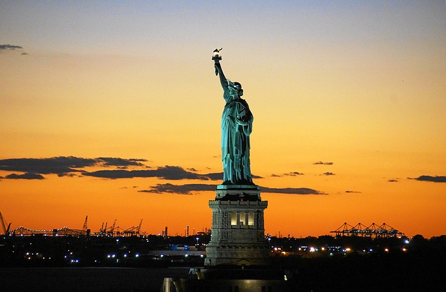statue-of-liberty-992552_640