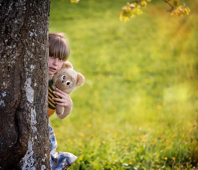 child-830725_640