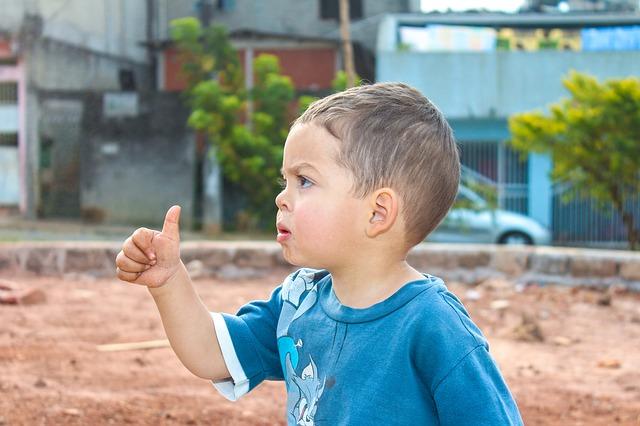 kid-182010_640